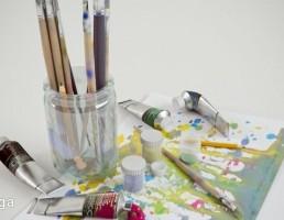 قلمو + رنگ + برگه نقاشی