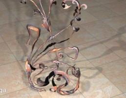 گل تزیینی از جنس فلز