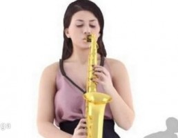 کاراکتر زن ایستاده در حال نواختن ساز