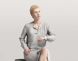 کاراکتر  زن نشسته