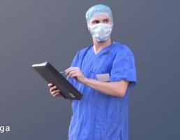 کاراکتر دکتر اتاق عمل