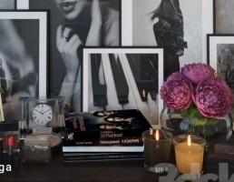 تابلو + گلدان + گل + ساعت رومیزی