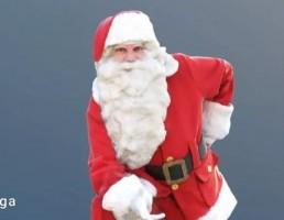 کاراکتر مرد با لباس بابانوئل