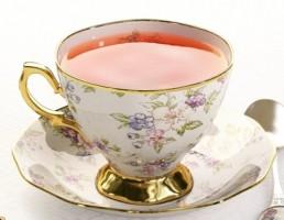 فنجان + زیر فنجان چینی + چای + قاشق + سکه
