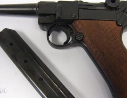 اسلحه Luger P08