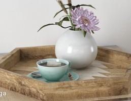 سینی چوبی + چای + گلدان گل