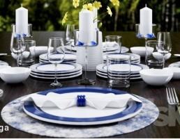 میز غذای کلاسیک