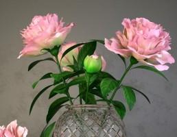 گلدان + گل رز + کتاب