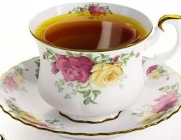 فنجان + زیر فنجان چینی + چای