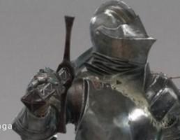 شوالیه باستان با شمشیر
