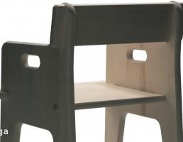 صندلی چوبی کودک
