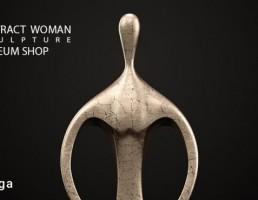 مجسمه زن انتزاعی