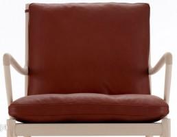 صندلی سالن چوبی