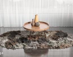 قالیچه پوست حیوانات + میز عسلی