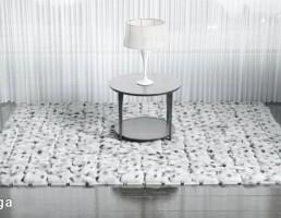 قالیچه فانتزی + میز + آباژور