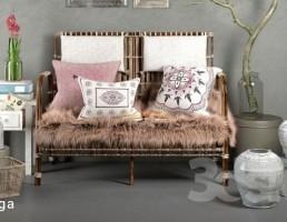 صندلی راحتی + وسایل تزیینی